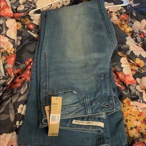 New DKNY women's jeans